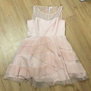 Gorgeous Lauren Conrad pink dress size 16.